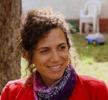 ענבר אמיר- תסריטאית ומחזאית, כותבת תסריטים לטלוויזיה