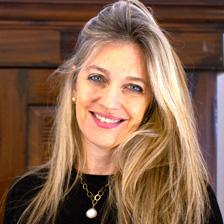 שירלי יובל יאיר - פסיכולוגית, סופרת ומוזיקאית